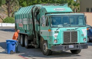 labo_day_pickup_delay_residential_recycling_truck_ej_harrison_industries_trash_hauler